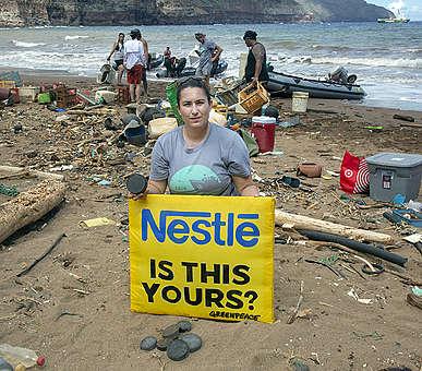 Greenpeace partnered with the Protect Kaho'olawe 'Ohana (PKO) and Kaho'olawe Island Reserve Commission (KIRC) to do a beach cleanup and brand audit at Kanapou beach on Kaho'olawe Island, Hawaii.