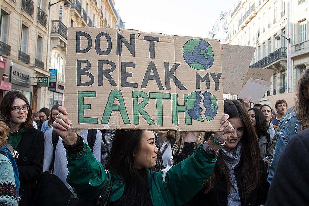 Tausende Schülerinnen und Schüler streikten am 22. Februar für mehr Klimaschutz in Paris, Frankreich.