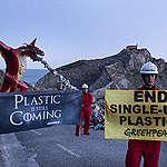 Action : Greenpeace dénonce la production plastique mondiale