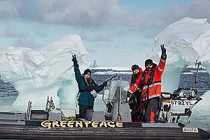 L'équipage de l'Esperanza en Arctique