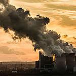 Fonds de pension FDC : le ministre refuse la transparence sur des  investissements préjudiciables pour le climat – Greenpeace introduit un recours auprès du tribunal administratif