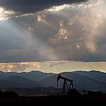 Oil Jackpump in Colorado. © Les Stone / Greenpeace