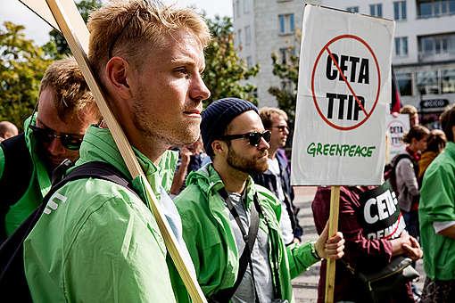TTIP/CETA Demonstration in Malmö. © Uffe Weng / Greenpeace