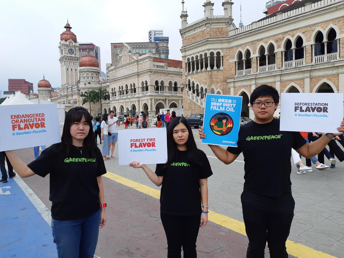 'Tell Oreo to Drop Dirty Palm Oil' Event in Malaysia. © Greenpeace