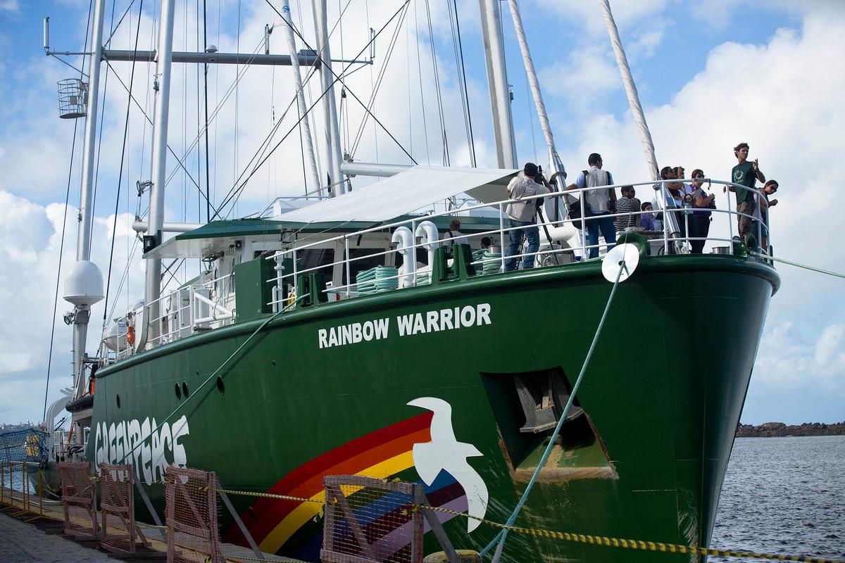 Rainbow Warrior in Recife. © Greenpeace / Rodrigo  Paiva