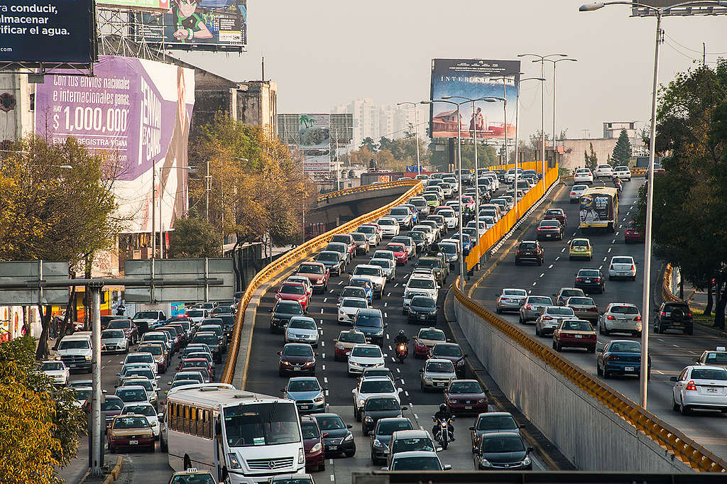 Hora pico en la Ciudad de México © Keith Dannemiller