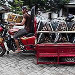 Man on Motorbike with Electronic Waste in Jombang. © Fully Syafi
