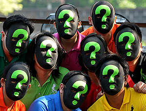 Green Question Climate Action Manila. © Greenpeace