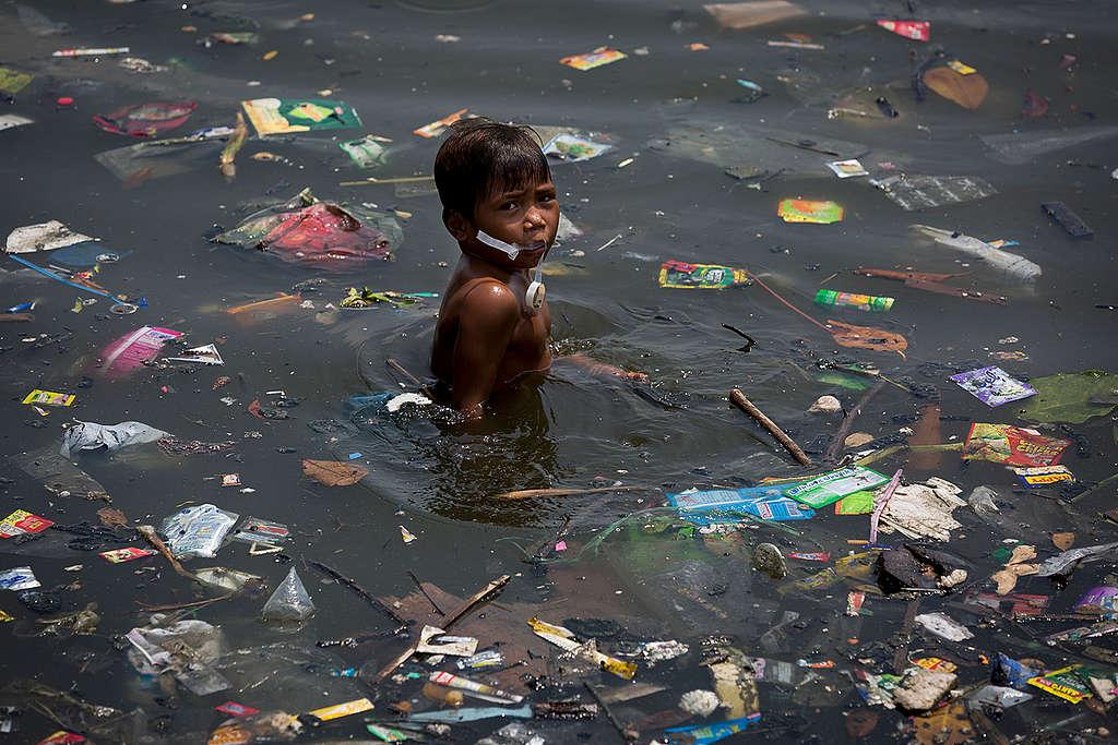Contaminación plástica en Manila © Daniel Müller / Greenpeace