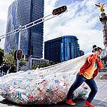 Plastic Consumption in Mexico. © Argelia Zacatzi / Greenpeace