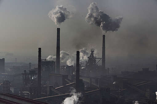 Steel Cities in China's Hebei Province. © Lu Guang / Greenpeace