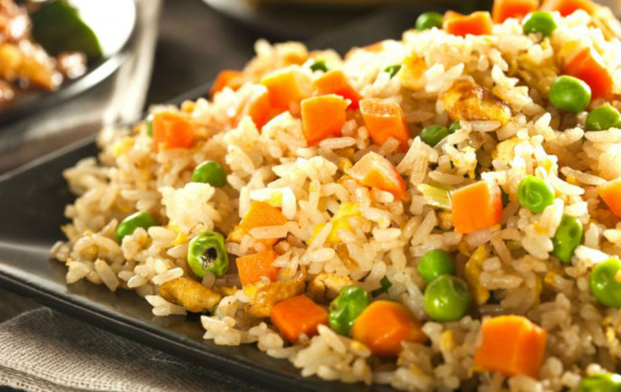 Arroz oriental vegetariano