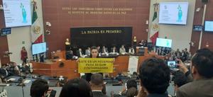 Protesta Senado por una ley sin plásticos