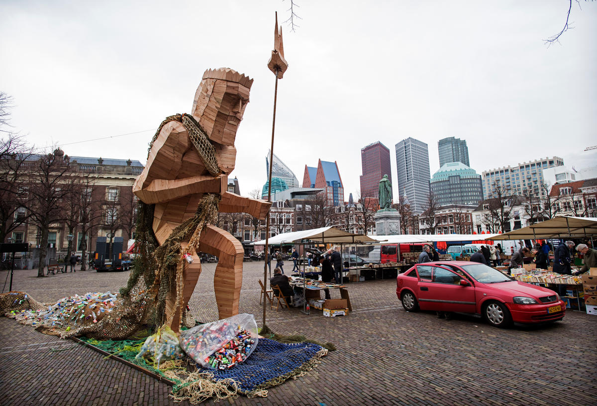 Neptune in The Hague