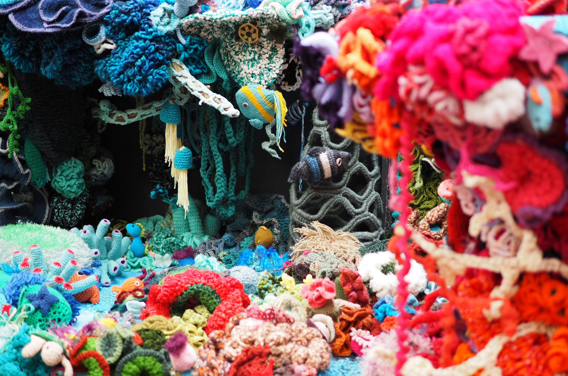Gehaakt koraalrif door Craftivists (2017)
