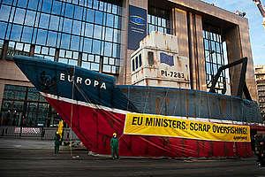 Scrap Overfishing Action in Brussels. © © Eric De Mildt / Greenpeace