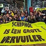 Het jaar van de waarheid voor Schiphol en Lelystad Airport