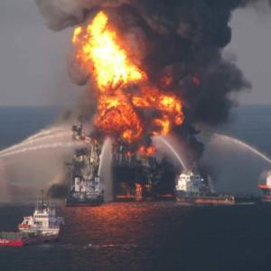 Govt's new oil spill insurance cap still a drop in the ocean
