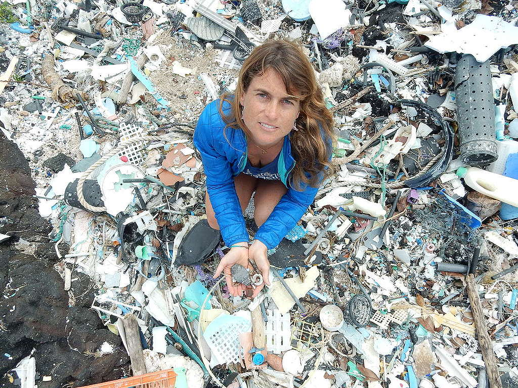 Researchers from the University of Hawaii, Manoa have discovered startling new evidence that the plastics on land and in the ocean release greenhouse gases as they break down. In this article, scientist Sarah-Jeanne Royer tells us about what she found in the field and why it's now even more important to break free from plastic. © Sarah-Jeanne Royer