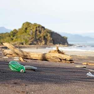 West Coast dump disaster prompts calls for new bottle deposit scheme