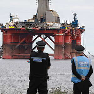 Day 9 #BPShutdown: Greenpeace vs Big Oil in the North Sea