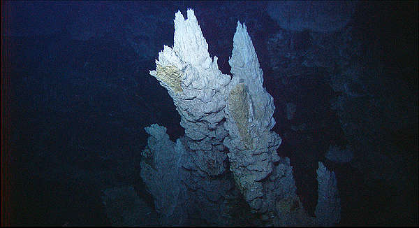 Arbonate Spires in the Lost City Vent Field, Atlantic Ocean. © NOAA / OAR / OER
