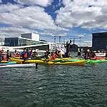 Australsk «paddle out» til Norge