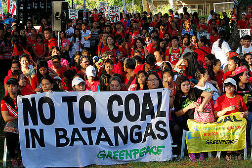 Break Free from Fossil Fuels Activity in Batangas. © Jimmy Domingo / Greenpeace
