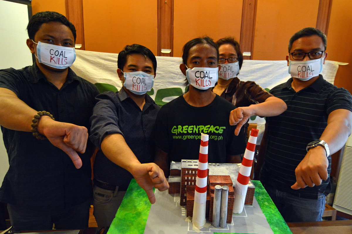 Coal: A Public Health Crisis Report Launch in the Philippines. © Roy Lagarde / Greenpeace
