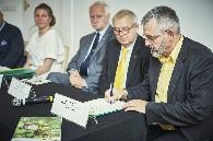 Podpisanie apelu do ministra rolnictwa