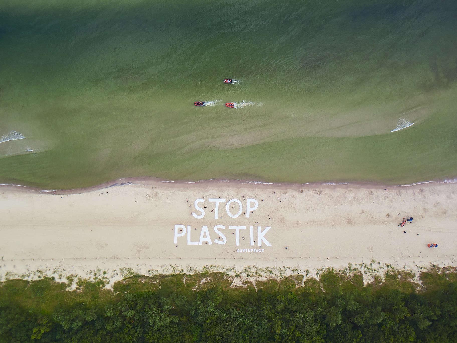 STOP Plastik na plaży w Kołobrzegu