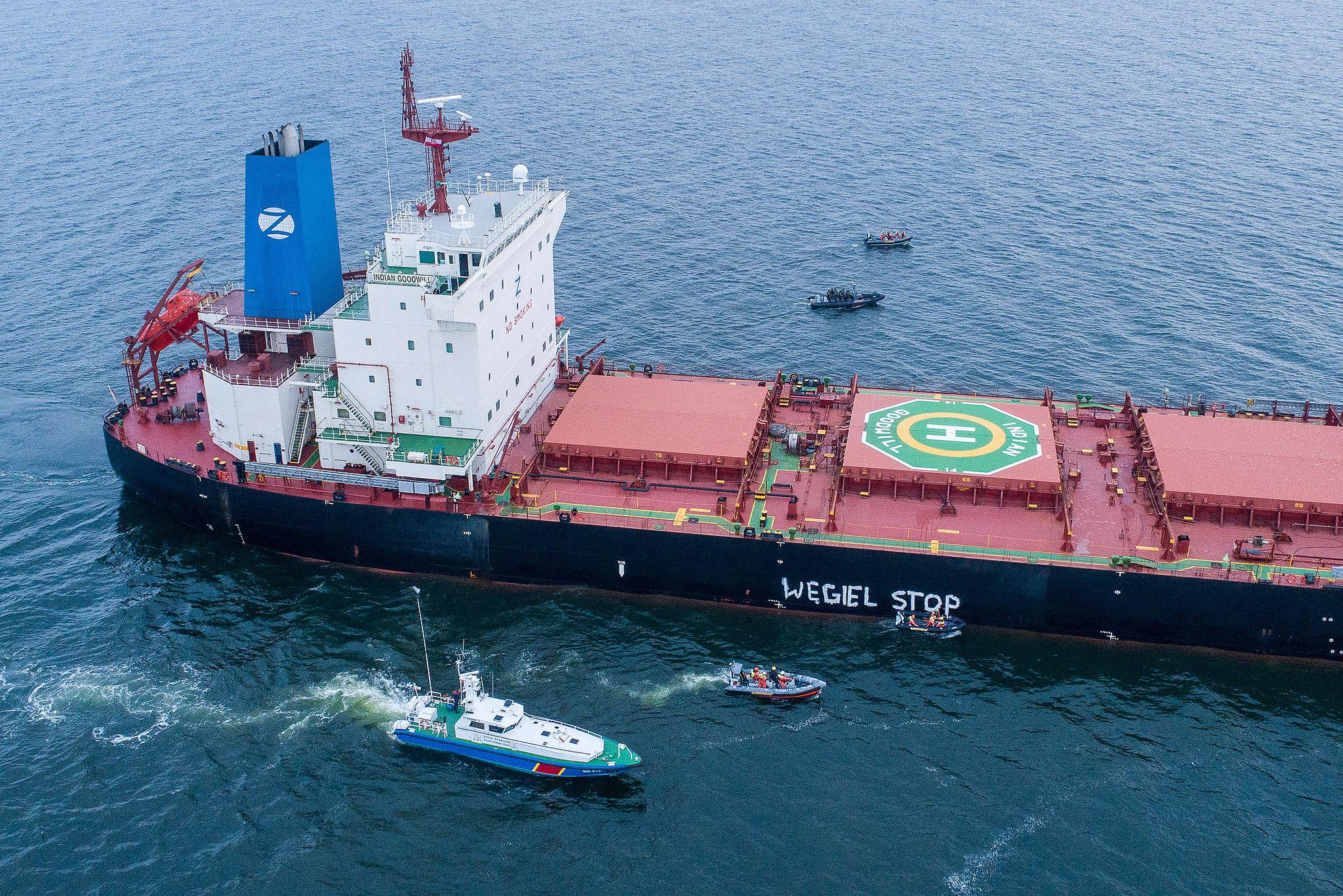 Węgiel stop - blokada statku z węglem importowany