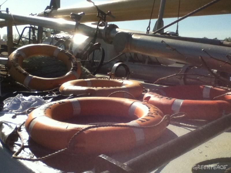 Reševalni obroči po obdelavi. Foto: Greenpeace / Ines Gorkič.