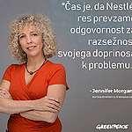 Greenpeaceovi aktivisti so vpadli na letni sestanek skupščine Nestlé ter vse pozvali, naj prenehajo z onesnaževanjem s plastiko