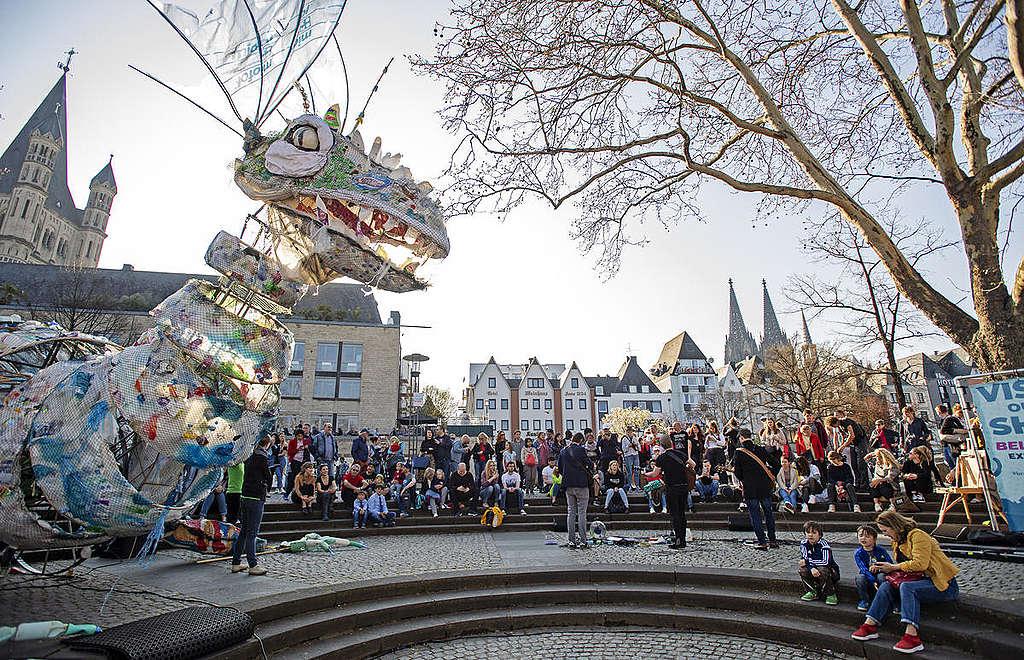Open Boat dogodek med Sprehodom s plastično pošastjo, Cologne