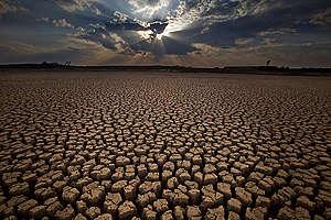 Silovita suša v južnem delu Kitajske. © Lu Guang / Greenpeace
