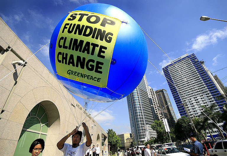 Action against Climate Change in the Philippines. © Luis Liwanag / Greenpeace