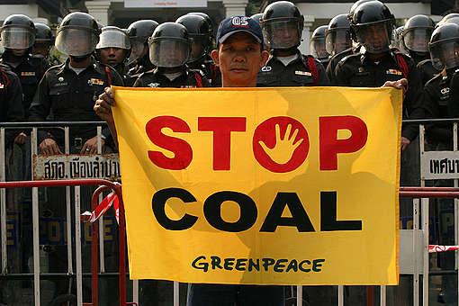 Action at APEC Meeting in Thailand. © Greenpeace / Sataporn Thongma