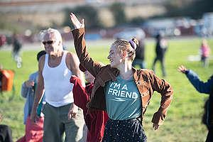 Hummingbird Rising: Human Mandala for Climate Justice in San Francisco. © Josh Edelson / Greenpeace