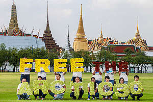 '30 Days of Injustice' Global Day of Solidarity in Bangkok. © Sittichai Jittatad / Greenpeace