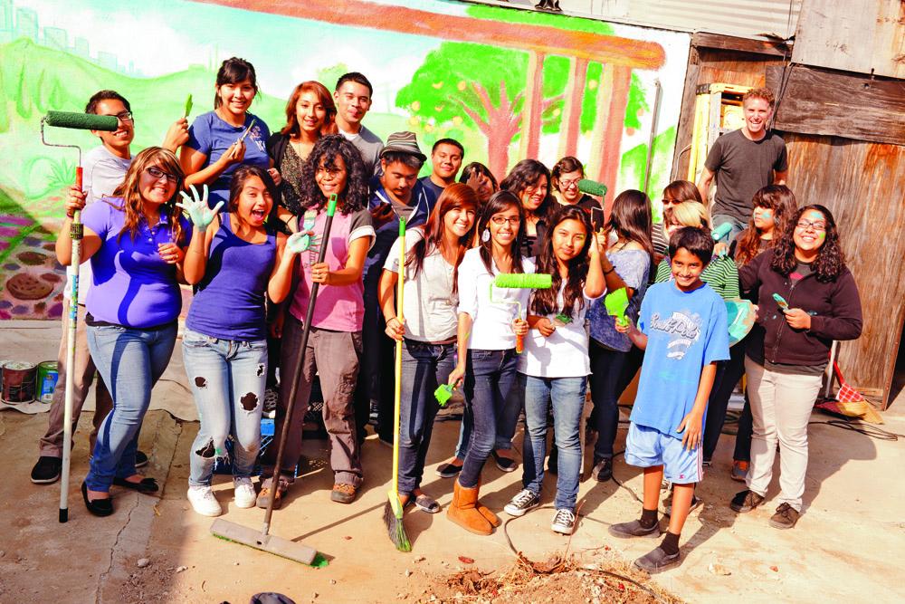 VELA-Community: Latino-Teenager lernen, wie man sich gesund ernährt.