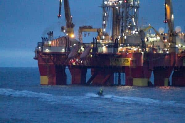 Greenpeace besetzt Bohrplattform vor Grönland