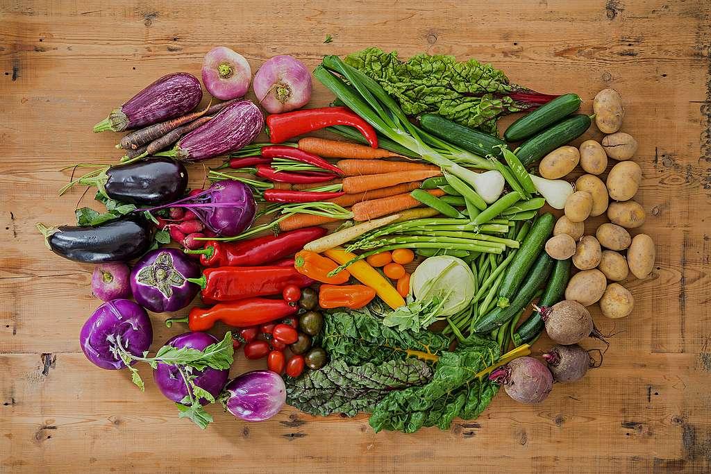 Une alimentation sûre demande plus de nature et moins de pesticides