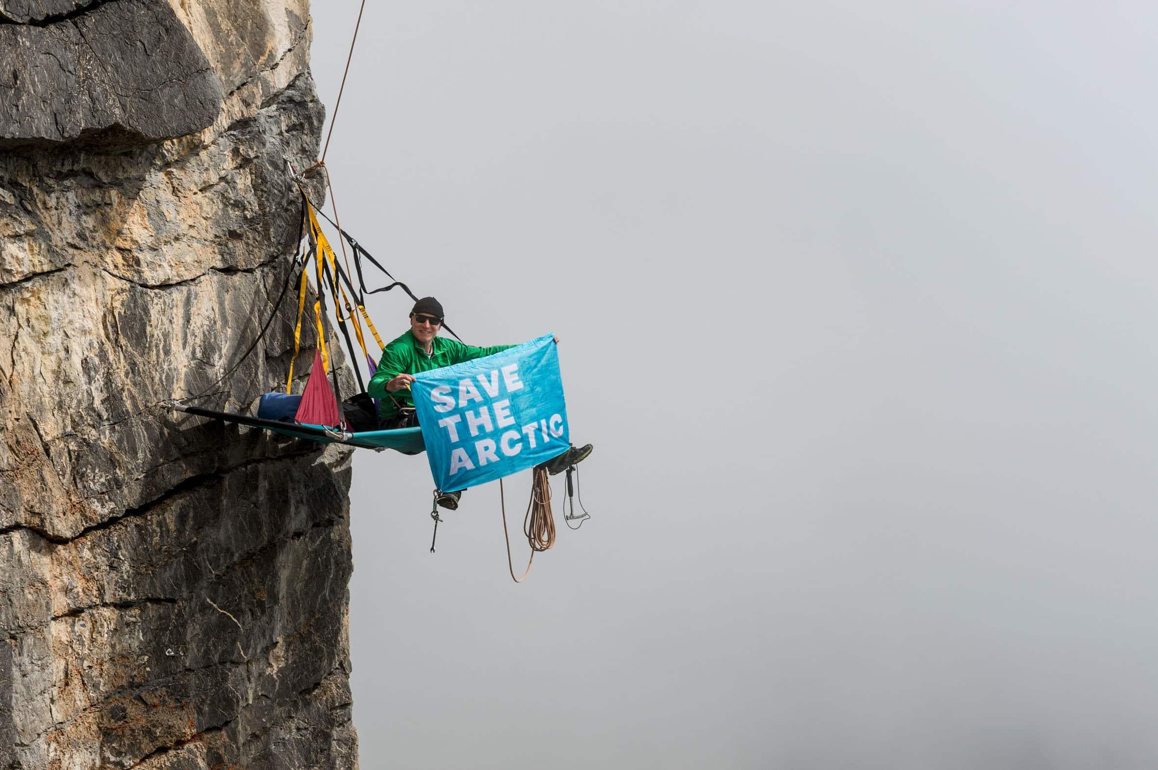 Bergführer, Fotograf und Polarguide Thomas Ulrich setzt sich für den Schutz der Arktis ein.