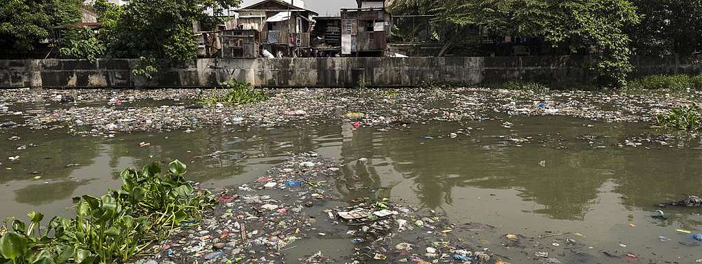 Genug mit Plastik in Manila