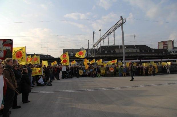 Impressionen von der 800. Mahnwache zum 4. Jahrestag von Fukushima