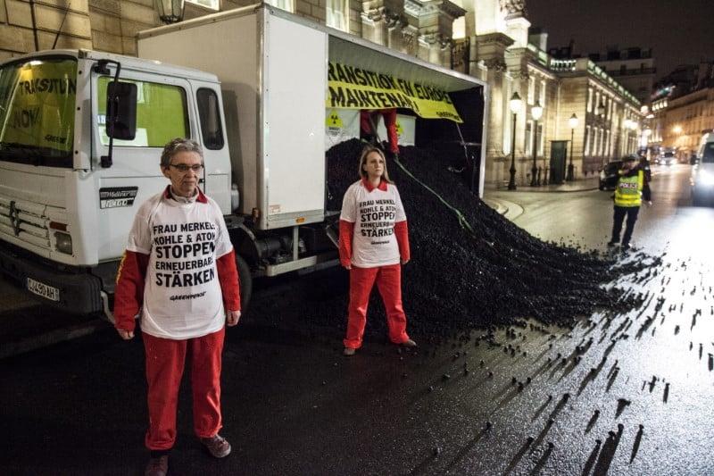 Kohle vor Elyseepalast: Merkel und Hollande blockieren Energiewende