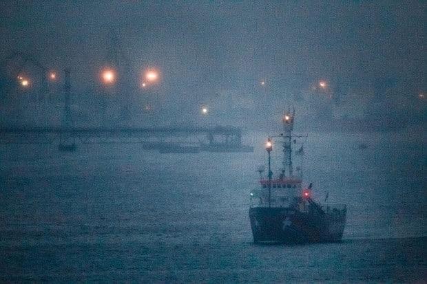 Greenpeace-Schiff Arctic Sunrise verlässt endlich Russland