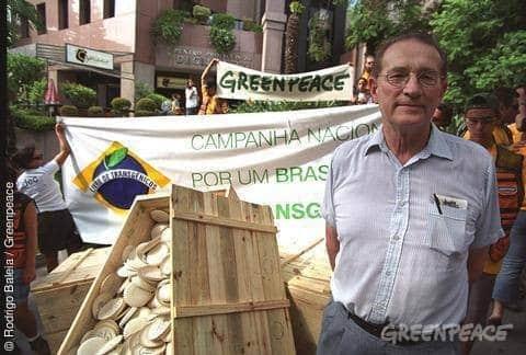 Weltgrösster Gentech-Konzern gibt nach: Monsanto gegen Schmeiser
