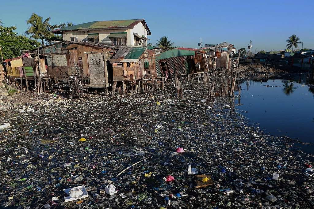 Plastikkrise: Warum ich mich Greenpeace anschliesse